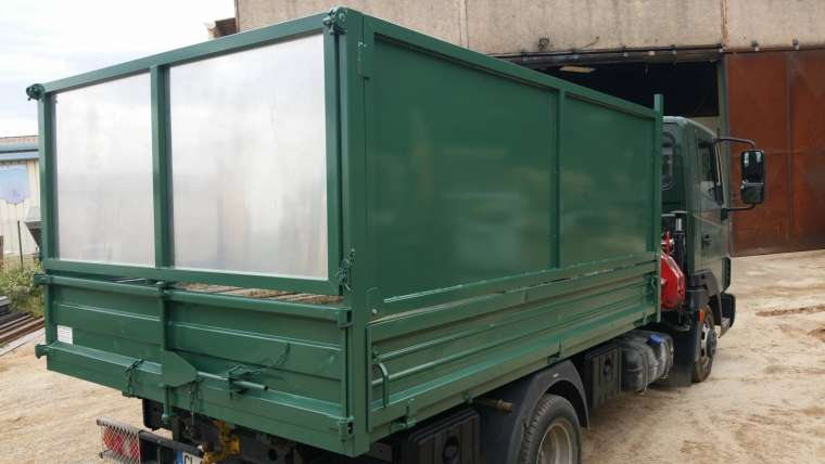 Où trouver un camion Benne Ampliroll 3.5 t occasion ?